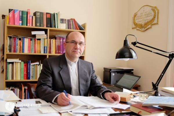 Marton Zsolt püspök